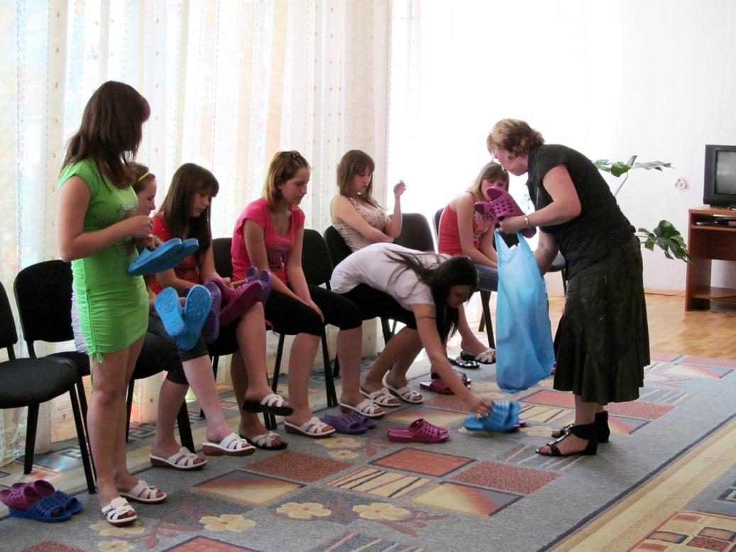 summer-slippers-for-the-girls-2