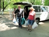 unloading-the-car-with-gifts-unloading-the-car-with-gifts-tabachnaya-2