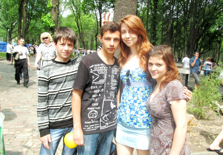 victor-kolganov-dima-choorsin-masha-katya-mamiko