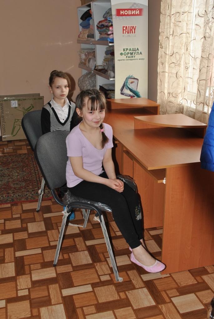 desk girls