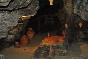 cave-pottery